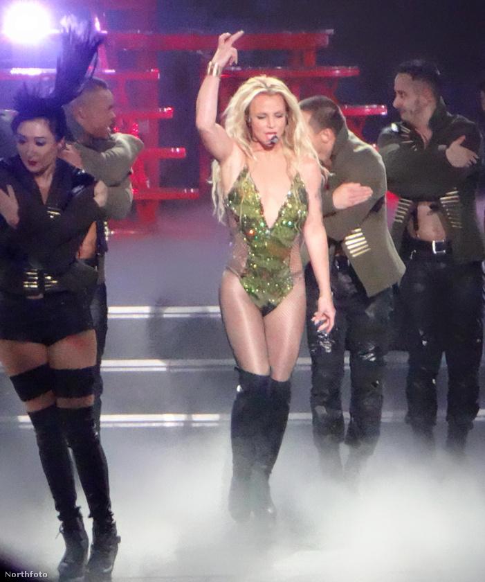 Britney Spears olyan formában van, hogy nehéz elhinni, valaha is volt másképp.