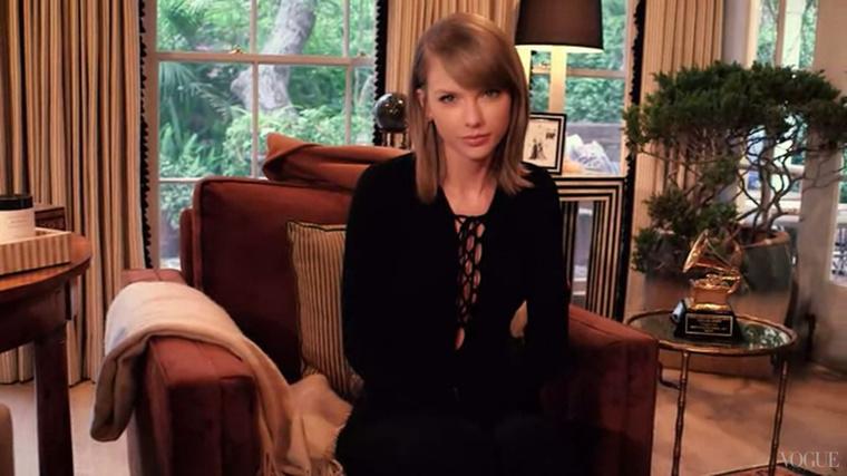 Taylor Swift, a cukimuki énekesnő.