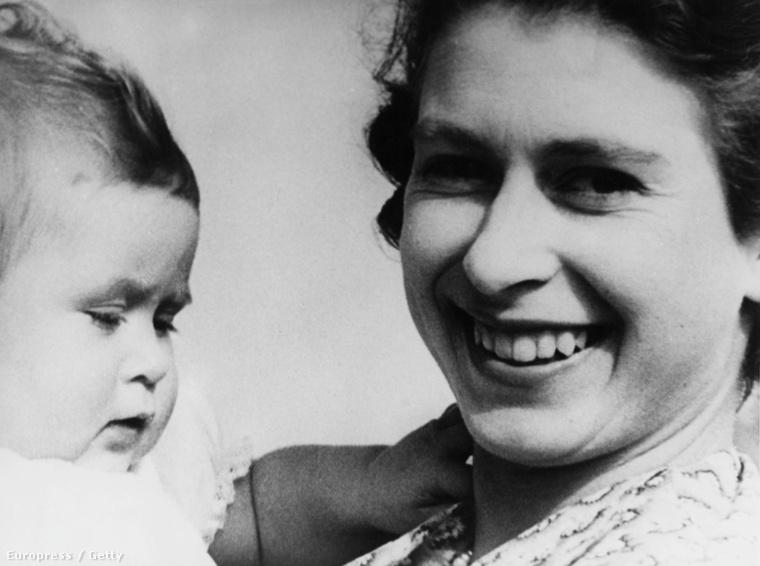 1969-ben az ő királyi családja volt az első, amelyről tévéműsor készült
