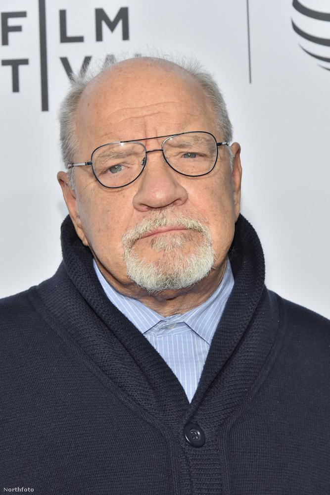 Lehet, hogy arcra ő nincs meg, de neki köszönhető a film, hisz ő Paul Schreder, a Taxisofőr írója.Ezzel búcsúzunk is.