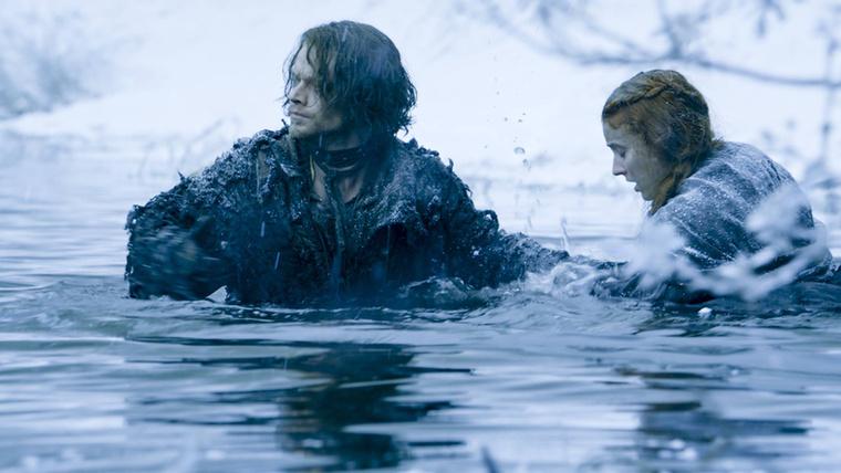 De lesz fagyos vízben menekülés...
