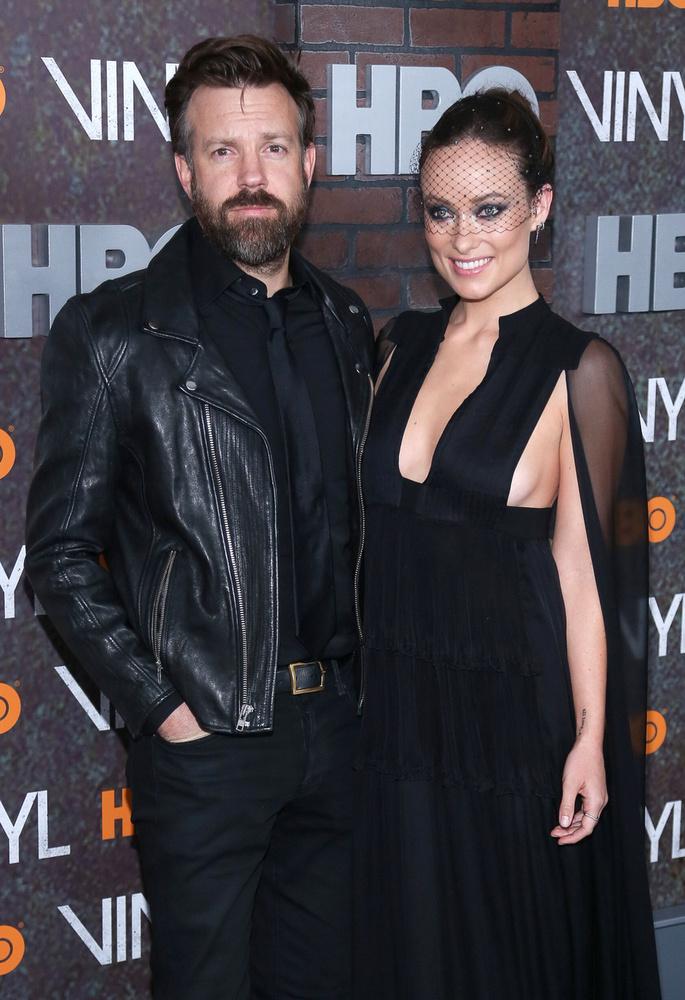 Idén év elején különösen sok celebpár melegedett össze: Olivia Wilde, Eva Mendes,Megan Fox és Blake Lively nem sok eltéréssel jelentették be, hogy gyereket várnak.