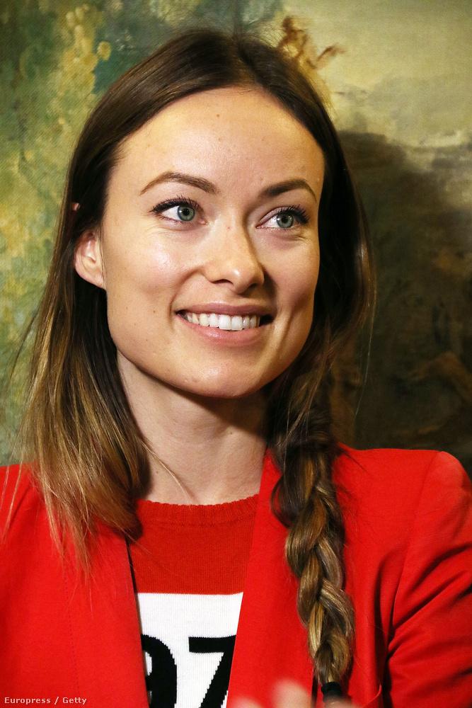 Olivia Wild a márciusban tartott Actors' Choice gálán jelent meg visszafogott külsővel