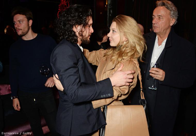 De a premieren sok kollégája támogatta, így például Natalie Dormer, aki Margaery Tyrellt játssza a sorozatban.