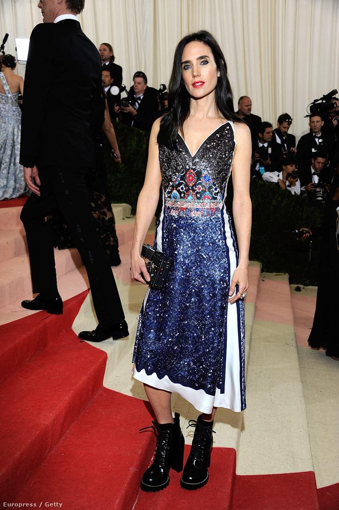 Jennifer Connelly ugyanúgy rossz meghívót kapott, mint Selena Gomez