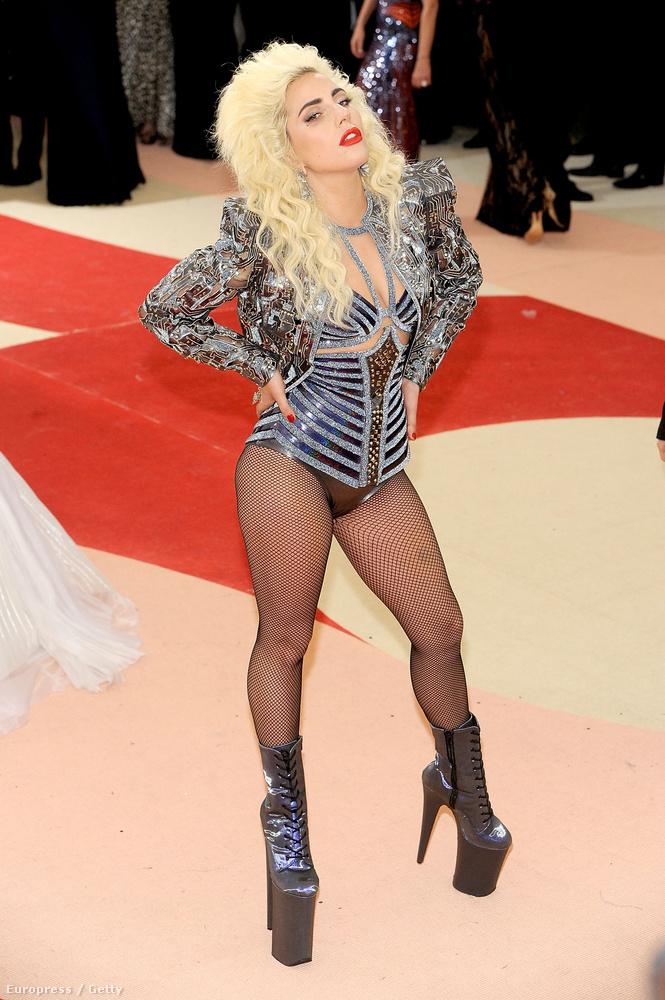 Lady Gaga csinosnak nehezen volt mondható