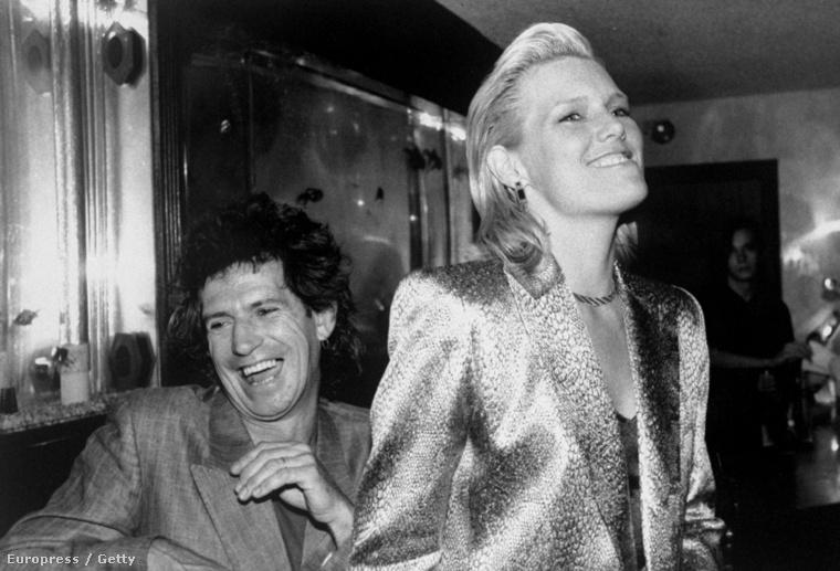 A Rolling Stonesból ismert Keith Richards mondjuk nem modellel, de a gyönyörű színésznővel Patti Hansennel jött össze