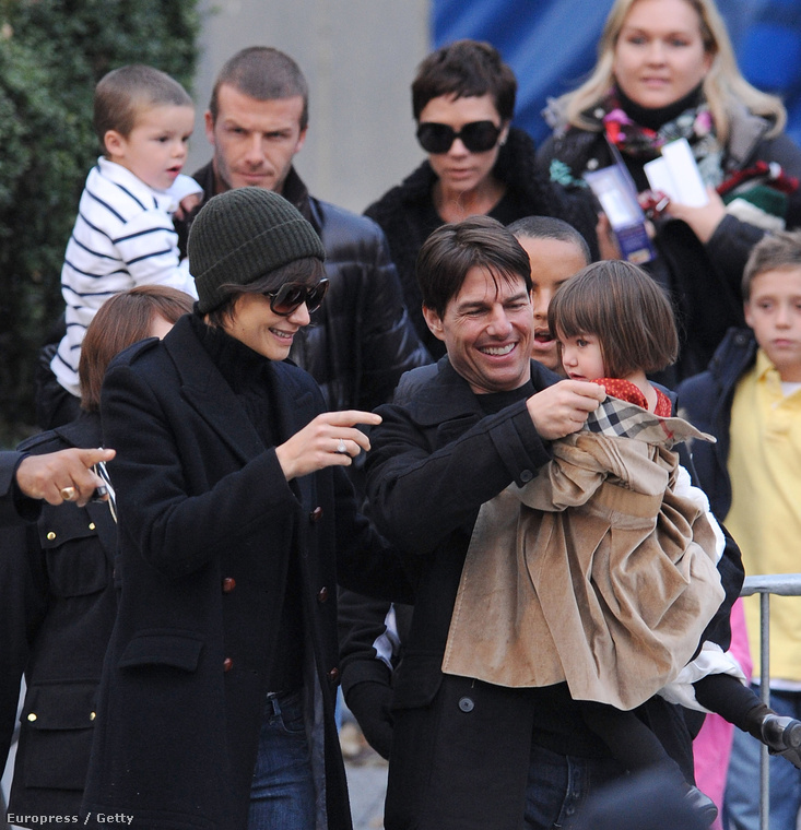 Nagy, Boldog, Családi Celebkalandokba is bonyolódtak, amennyiben a hátuk mögött látható emberek a Beckham-család