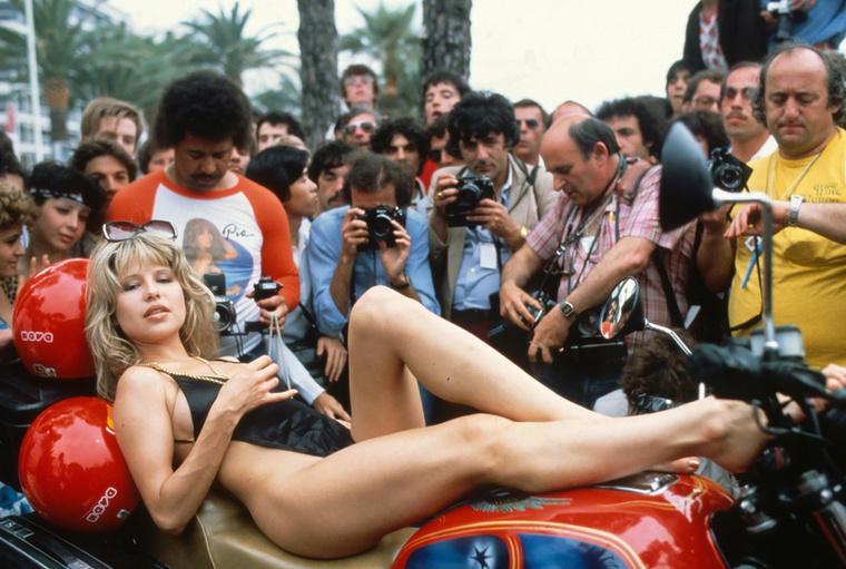 A fotósok figyelmét legalább fel tudta kelteni (1982)
