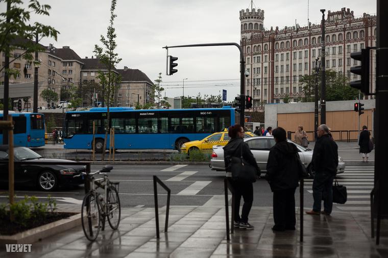 Hát ilyen lett az új Széll Kálmán tér.