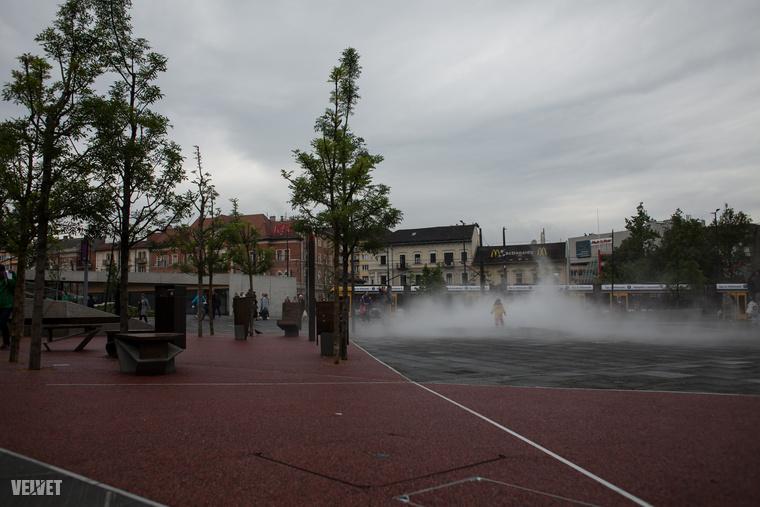 Meg vízpára, mert anélkül nincs tér Budapesten