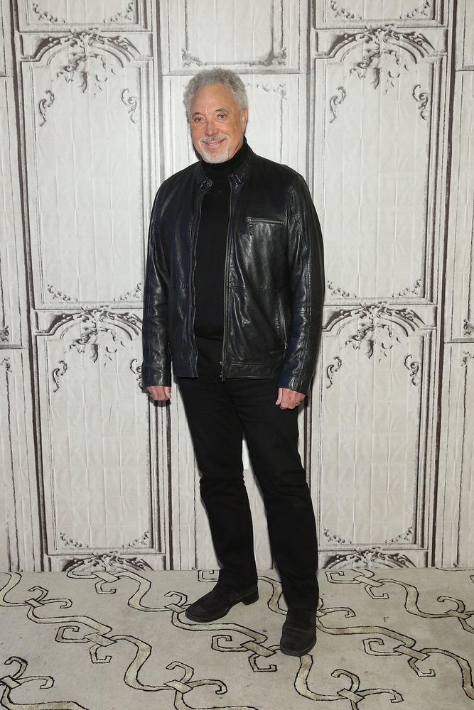 Sir Tom Jones 75 évesen