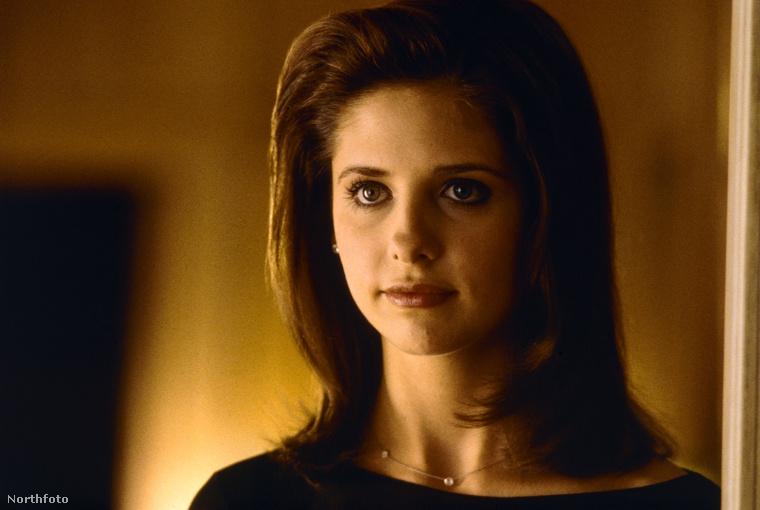 A film bemutatása óta 17 év telt el, így nyilvánvaló, hogy Sarah Michelle Gellar már nem teljesen így néz ki