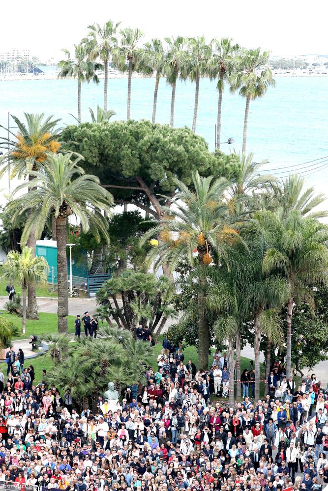 Cannes a francia Riviérán van, Nizzától nem messze