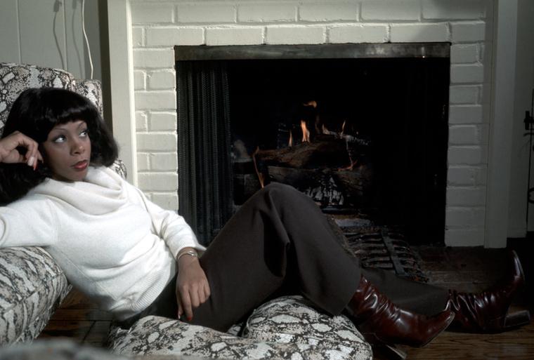 A diszkó királynője, Donna Summer otthon.