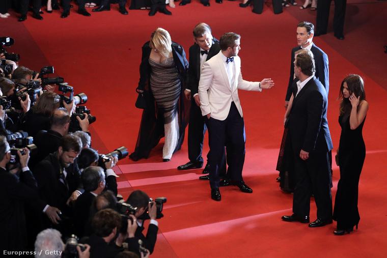 Cannes-ban a vörös szőnyegen nem volt ember, aki nem Goslingot csodálta volna