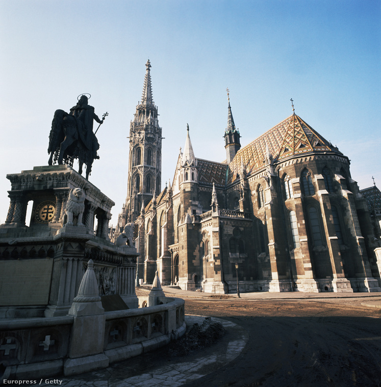 A kötelező turistalátványosságokról is készített fotót, mint például a Mátyás templom.