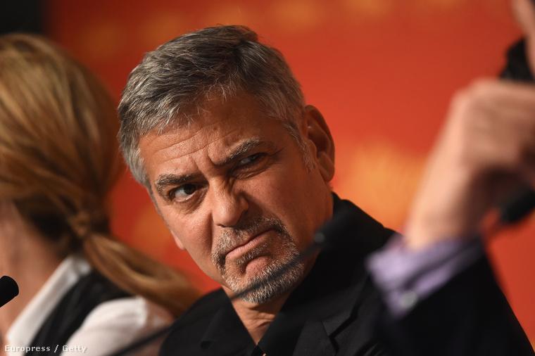 George Clooney végig pompásan szórakozott, kivéve, amikor ilyen arcokat vágott.Na jó, valószínűleg ilyenkor is.