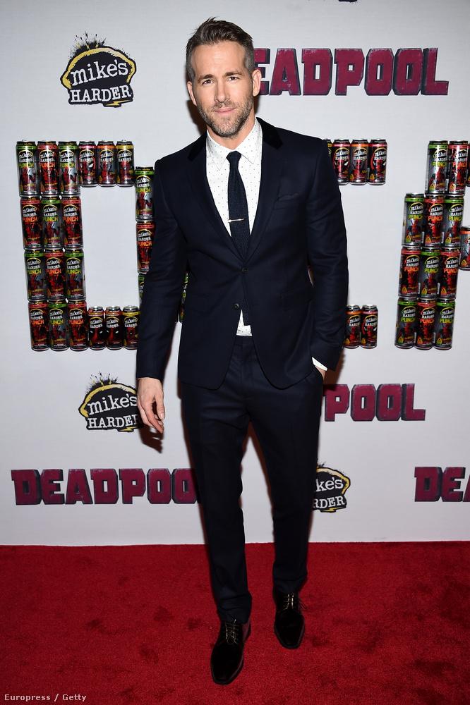 Ryan Reynolds pedig 188 centire nőtt, ami azt jelenti, hogy