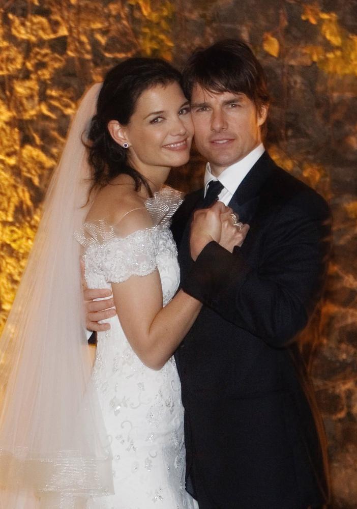 Katie Holmes és Tome Cruise 2012-ben szakítottak, a bíróságon Tom Cruise aztán bizonygathatta, hogy van ideje a lányára, annak ellenére, hogy 110 napig nem látogatta Suri Cruise-t