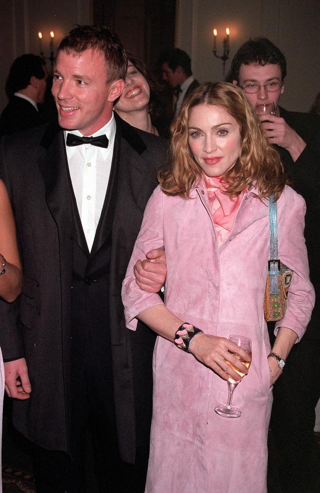 Madonna és Guy Ritchie még 2008-ban váltak el, de a történetük már csak azért is érdekes, mert az elmúlt hónapokban döntött a bíróság fiuk, Rocco Ritchie elhelyezéséről