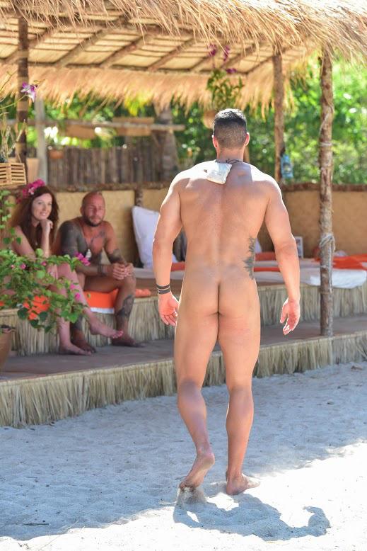 Éden Krisztián minden oldalról megmutatja magát a Viasat3 pucér társkeresőjében, az Ádám keresi Évát-ban.