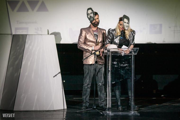 Azt se felejtsük el, hogy a héten adták át a Fashion Awards Hungary díjait