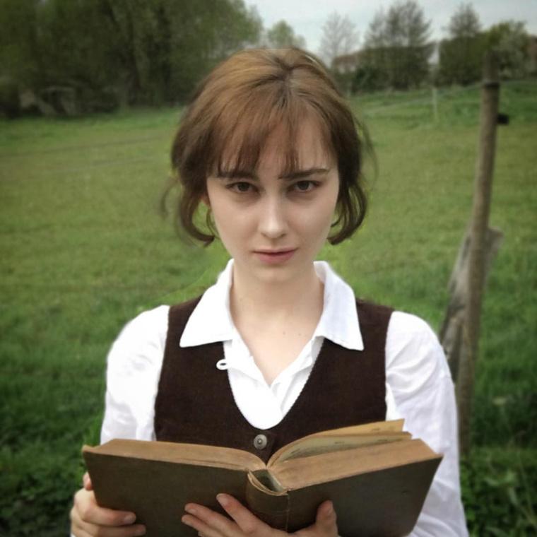 Na meg a Keira Knightley-féle Büszkeség és balítélet Elizabethjét.