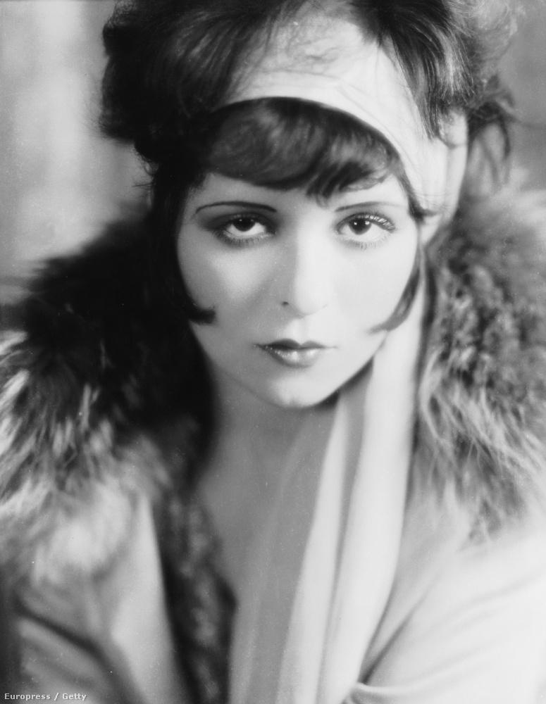 ...a húszas évek némafilmjeinek híres színésznője.