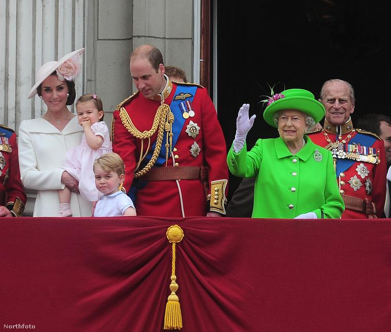 Erzsébet királynő tehát nagyon hivatalosan is 90 éves lett
