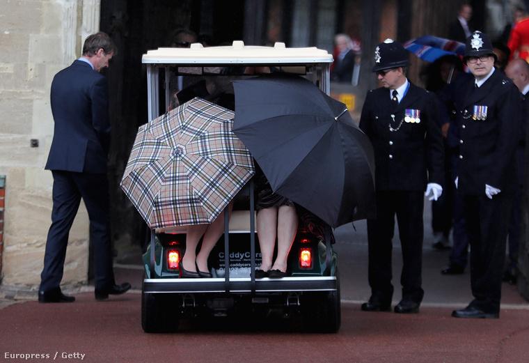 Na hát ilyen a britek térdszalagrendet ünneplő ceremóniája.