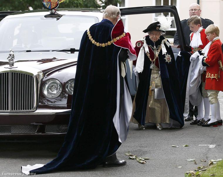 Más szuperhősök is résztvettek a buliban, például Fülöp herceg