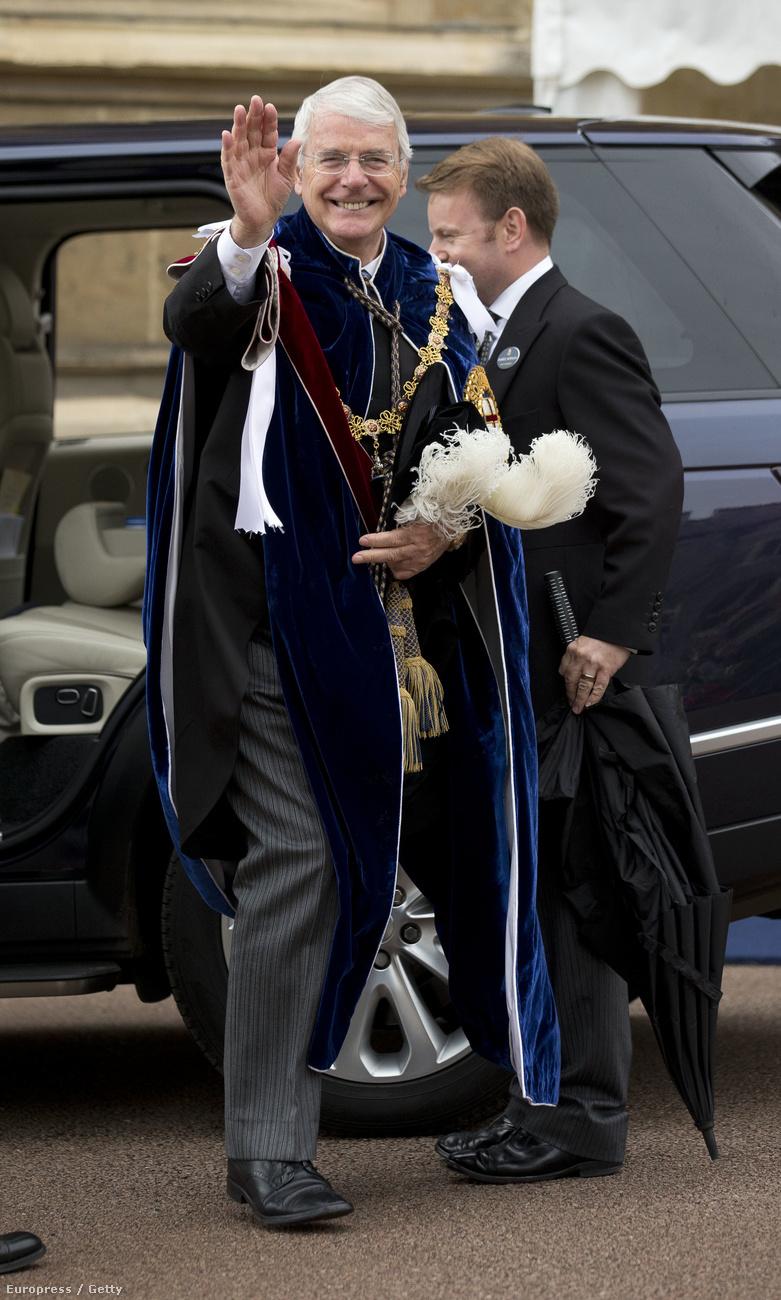 Illetve John Major, egykori miniszterelnök