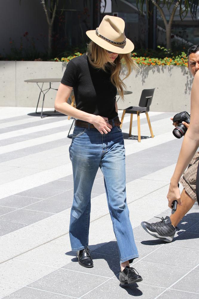 Heard állítása szerint férje, Johnny Depp többször bántalmazta, volt, hogy egy borospoharat vágott hozzá