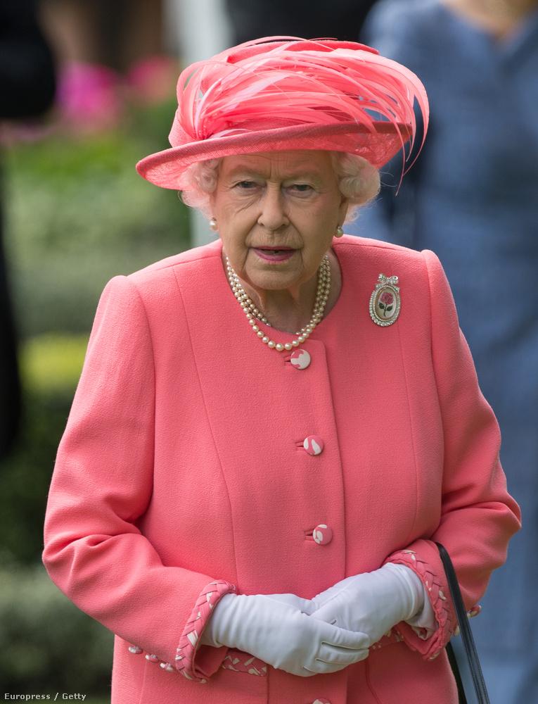 A legtöbb néző példát vehetne Erzsébet királynőről