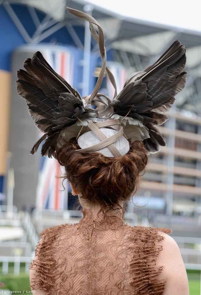 Az ascoti derby a királyi családról, idén Vajnáékról, na meg a kalapokról szól