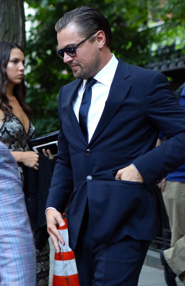 Leonardo DiCaprio szintén ott volt Hillary Clinton adománygyűjtő estjén Manhattanben.