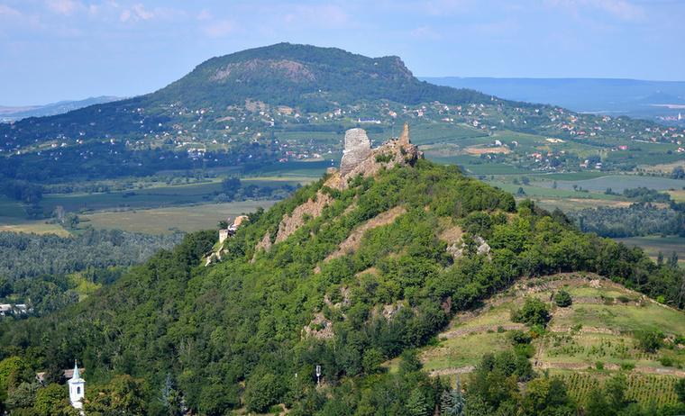 A vár vesztét egy villámcsapás okozta, ami a várban lévő puskaport és lőszereket felrobbantotta, a vár pedig leégett