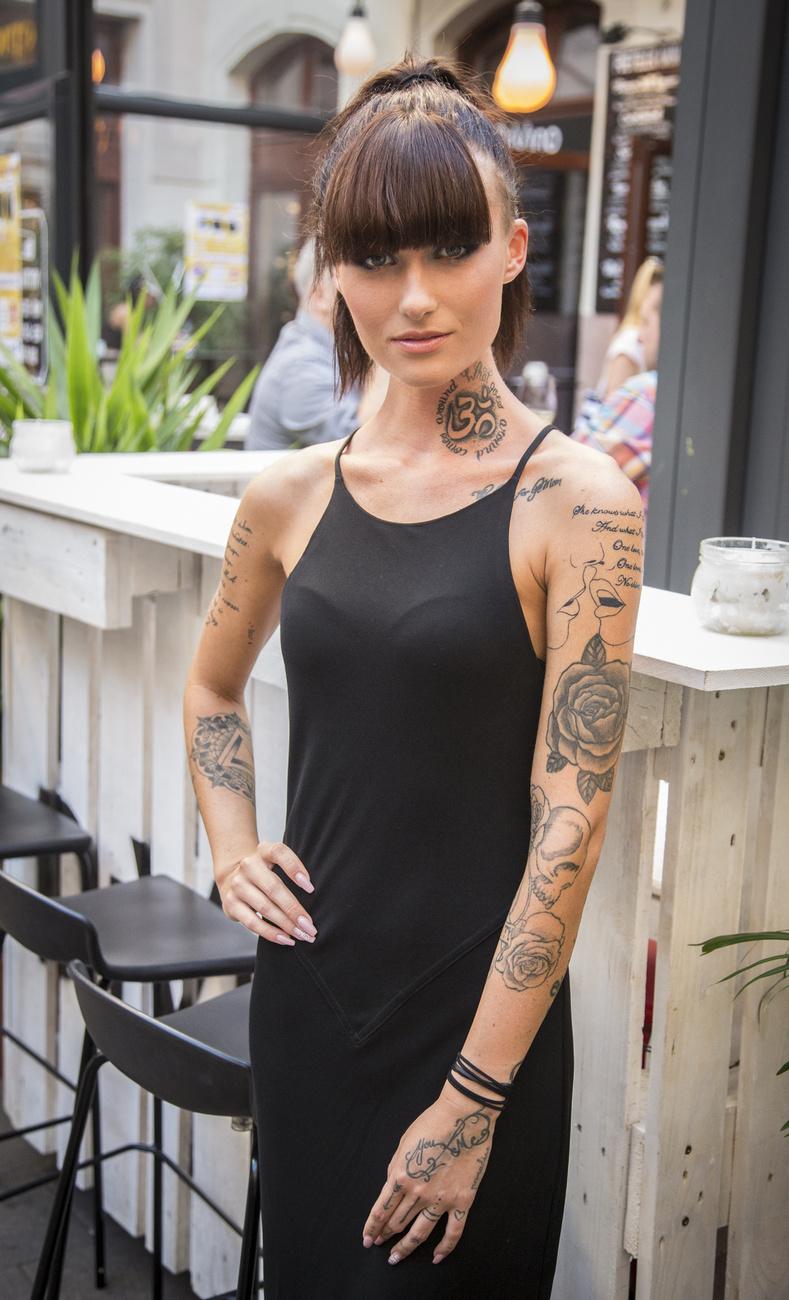 2016 legdögösebb tetovált lánya, egyben a Délceg arca a zsűri egyhangú döntése alapján a képen látható Kása Zsófia Zoé lett.