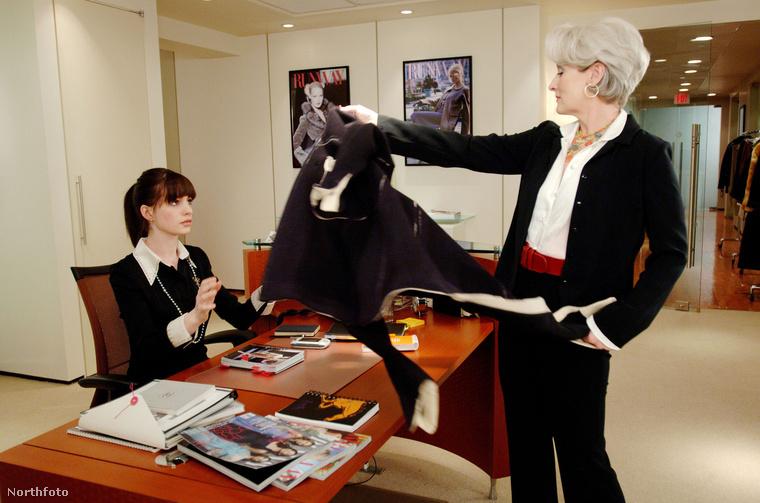 Tíz évvel ezelőtt, 2006-ban mutatták be Az ördög Pradát visel c