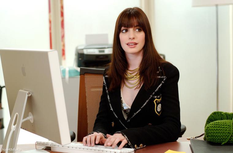 A filmben szerepelt még Gisele Bündchen is egy rövid jelenet erejéig, aki szintén egy asszisztenst alakított