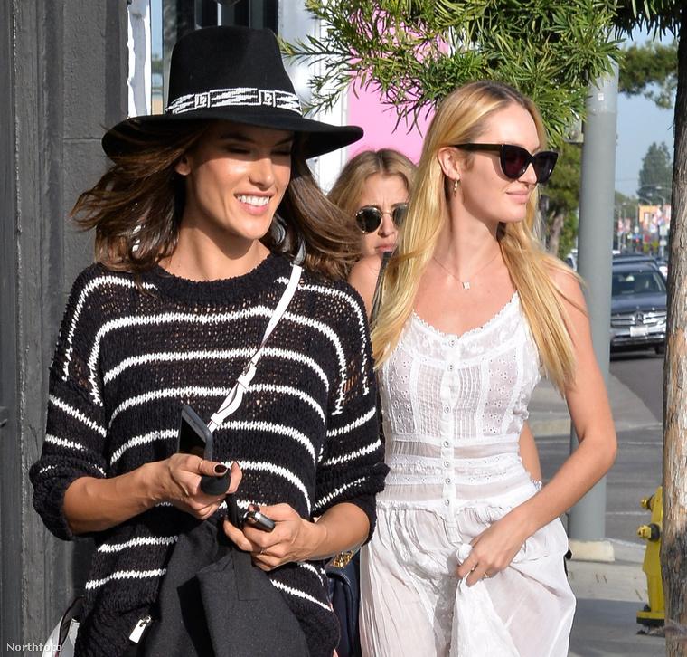Candice Swanepoel modell februárban Beverly Hillsben mondott nemet a szóban forgó fehérneműre, miközben kolléganője és barátnője, Alessandra Ambrosio társaságában sétálgatott az utcán.
