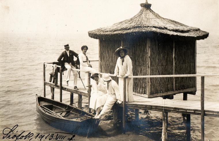 1913-as életkép a mólóról