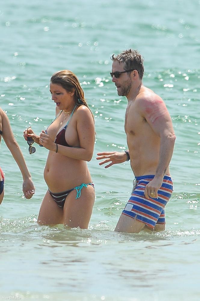 Ámuljon azon, hogy valaki nem csak ruhában és csilivili eseményeken tündököl, hanem egy szál bikiniben, a tengerben állva és elmosódott szemfestékkel