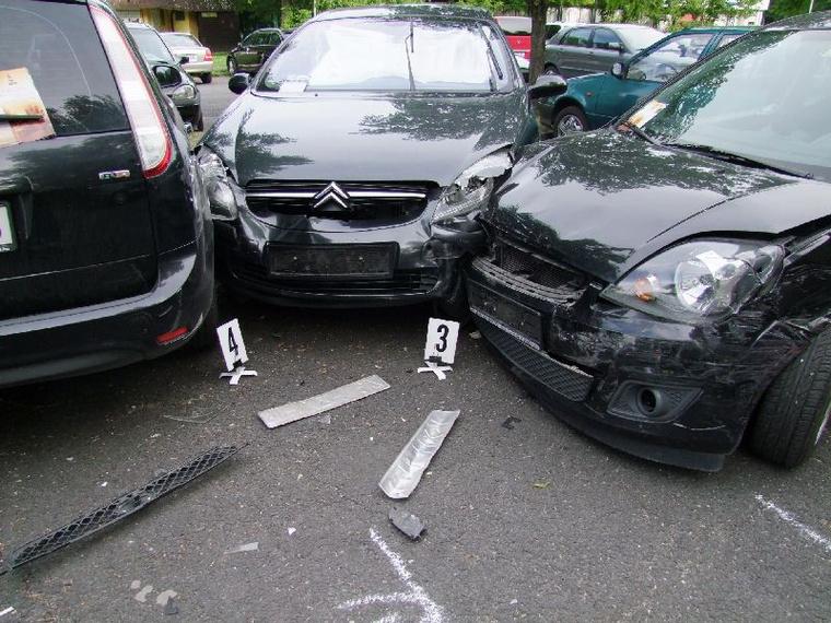 A performansz sikeresnek bizonyult, pedig ennyi autót egyszerre tönkretenni szinte lehetetlen küldetés.