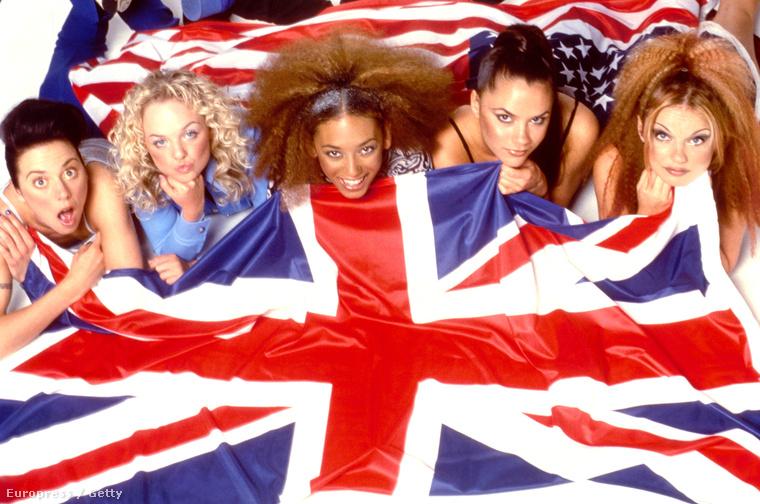 Az együttes innentől kezdve gyakran vett elő zászlókat