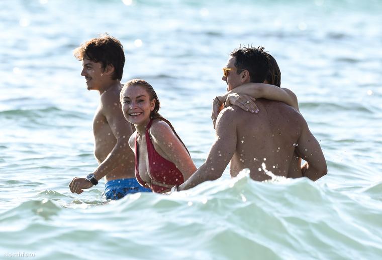 Még a végén az is lehet, hogy Tarabasov ezen felbuzdulva megkéri Lindsay Lohan kezét!!
