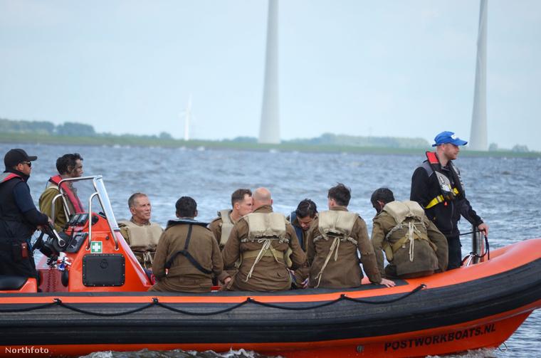 A Dunkirk a második világháború idején játszódik, a dunkirki csata eseményeit dolgozza fel