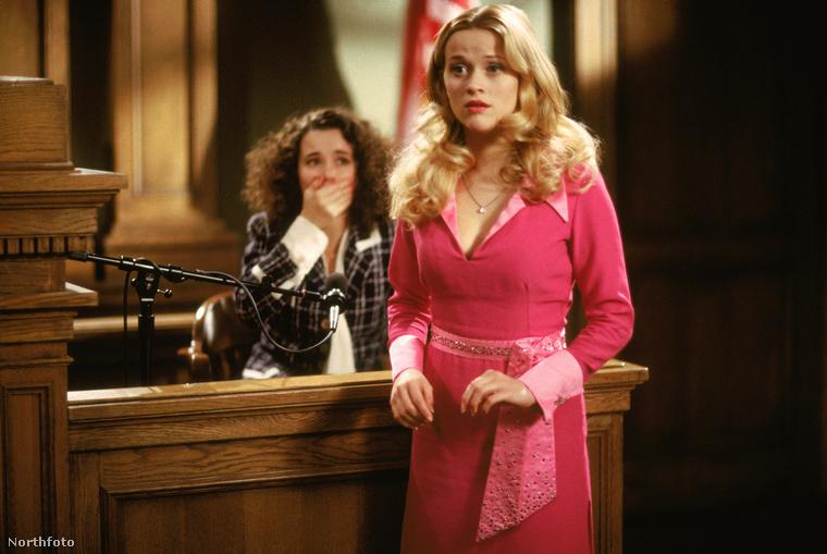 Elle Woods szerepére először Tori Spellinget szánták, de szerencsére Reese Witherspoon lett a szerencsés befutó.