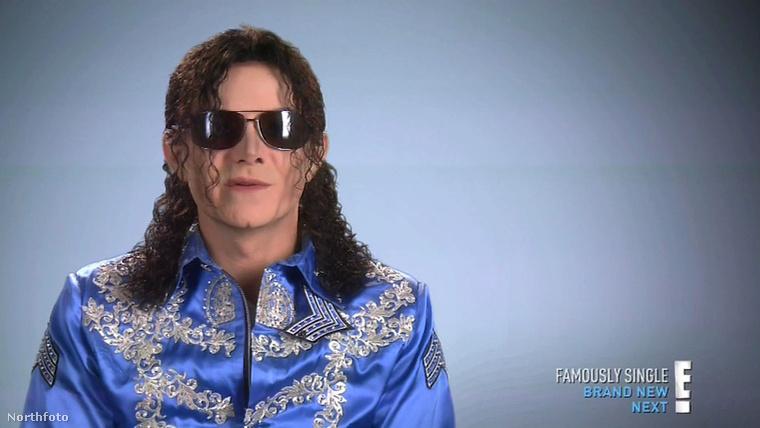 Melyik a fontosabb?Lélegezni vagy Michael Jacksonra hasonlítani?Ezt kell eldönteni.